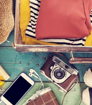 suitcase-for-woman-photo-by-sebra-shutterstock-305x350