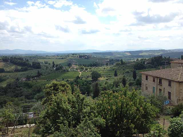 Florence to Chianti includes this countryside