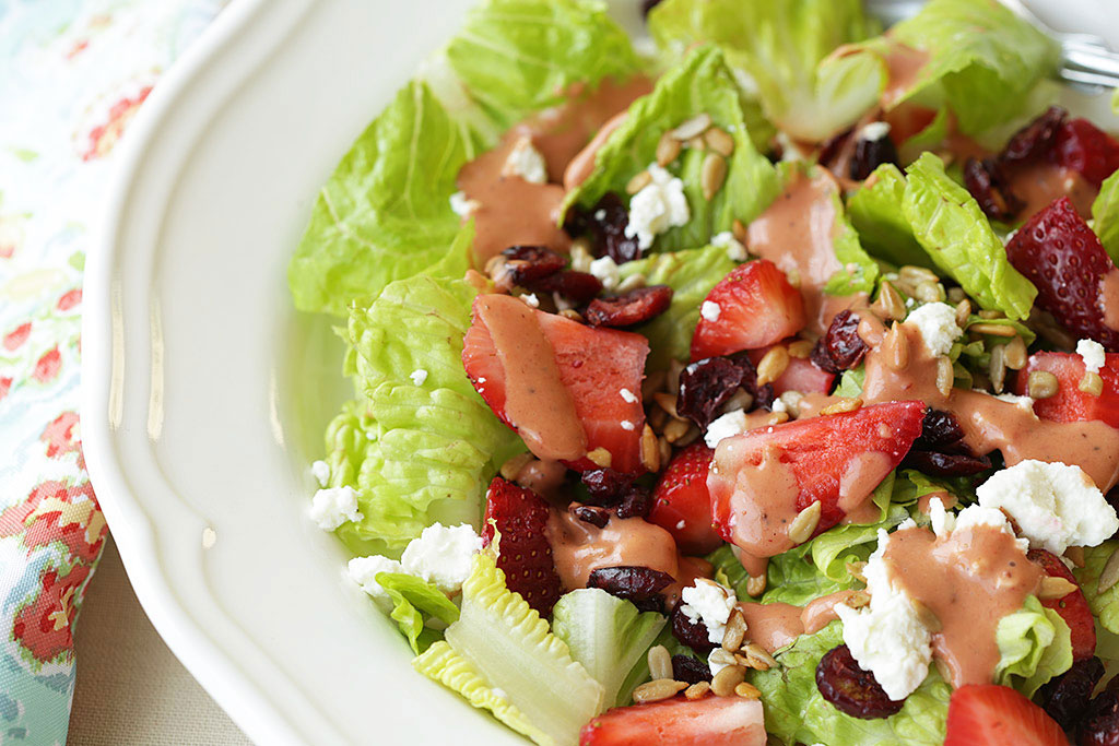 Strawberry salad recipe with goat cheese and cranberries