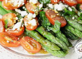 Asparagus side dish with feta and tomatoes 1