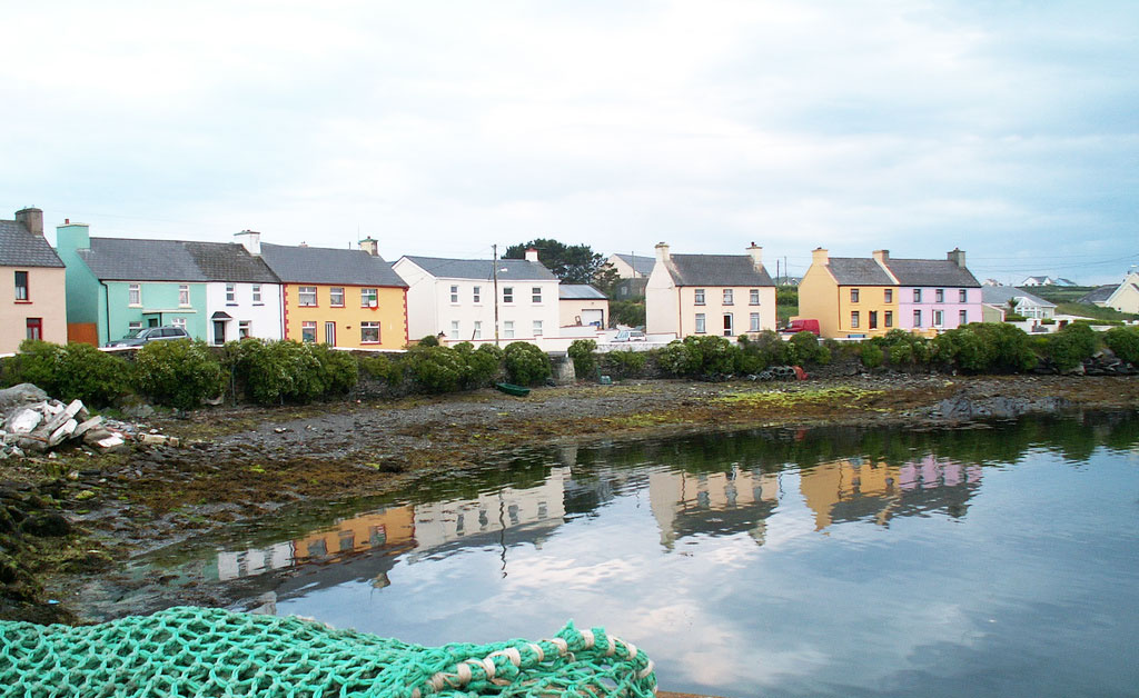 Portmagee is among the prettiest Ireland towns and villages